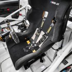BMW M6 GT3 central driving seat