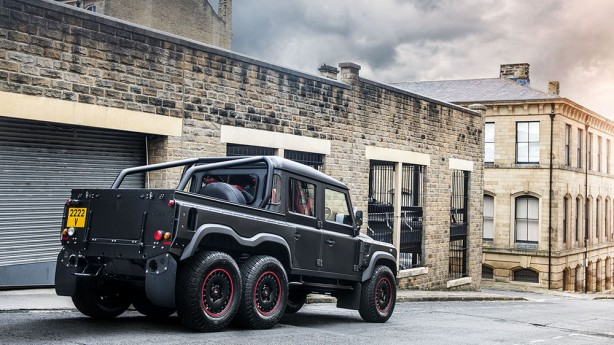 Flying Huntsman 110 6x6 Defender Double Cab rear quarter