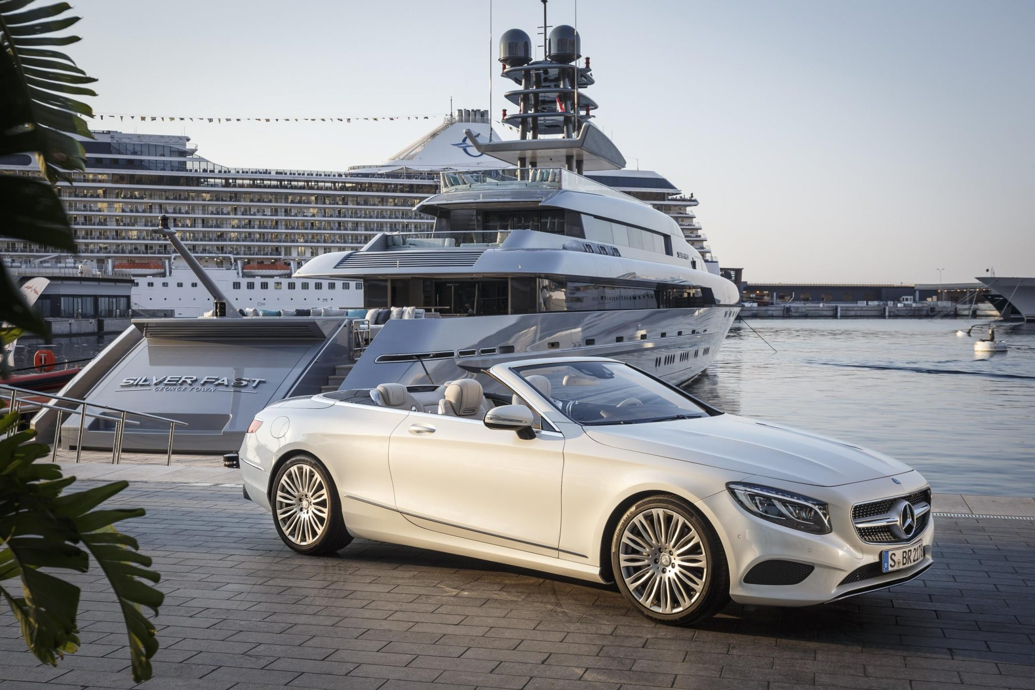 mercedes benz s class cabriolet goes official. Black Bedroom Furniture Sets. Home Design Ideas
