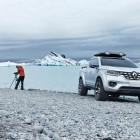 Renault Alaskan concept front quarter-1