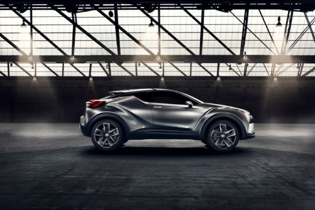 Toyota C-HR_Concept_03_Sept 2015 side