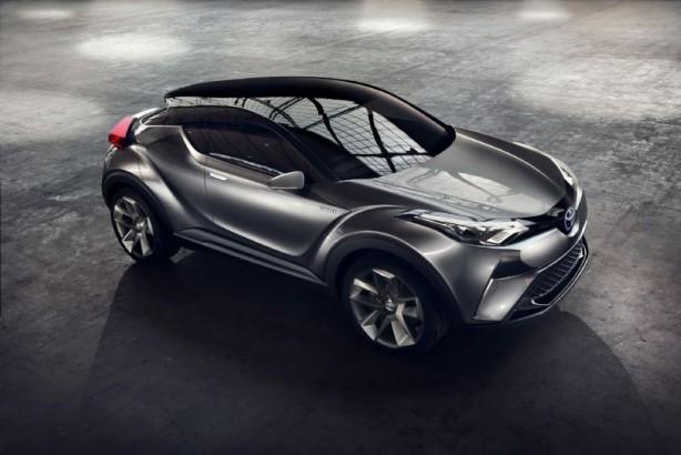 Toyota C-HR_Concept_05_Sept 2015 front quarter-1