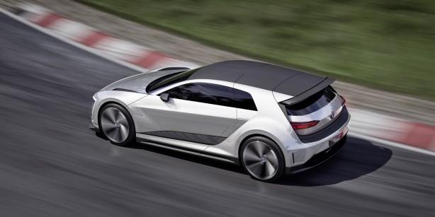 Volkswagen Golf GTE Sport Concept rear quarter