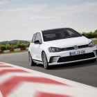 Volkswagen Golf GTI Clubsport front-1