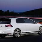 Volkswagen Golf GTI Clubsport rear quarter