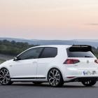 Volkswagen Golf GTI Clubsport rear quarter-2