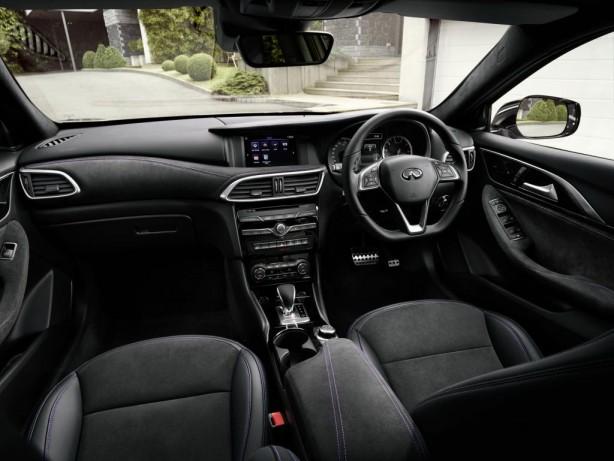 infiniti-q30-interior