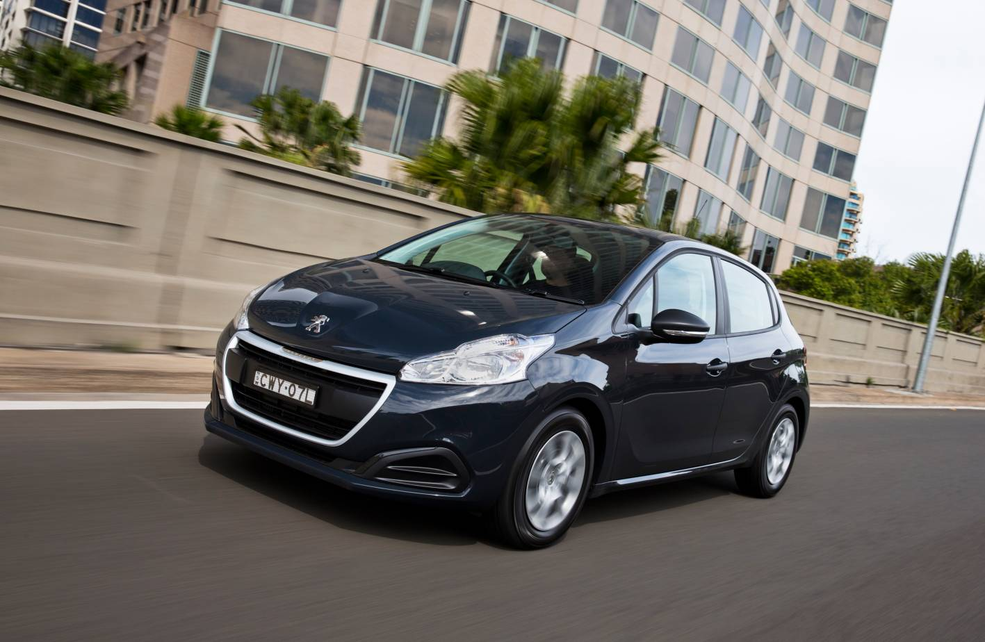 peugeot cars news 2015 peugeot 208 pricing and specification. Black Bedroom Furniture Sets. Home Design Ideas