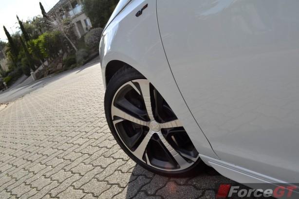 2015 Peugeot 308 GT 18-inch wheel