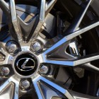2016-Lexus-GS-F-Wheel-31