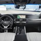 2016-Lexus-GS-F-Interior-37