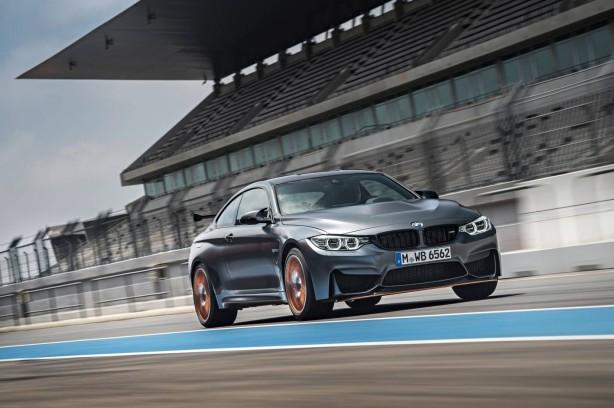 BMW M4 GTS front quarter-5