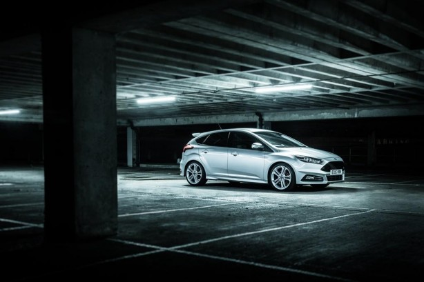 Ford Focus ST by Mountune front quarter