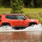 jeep-renegade-trailhawk-side
