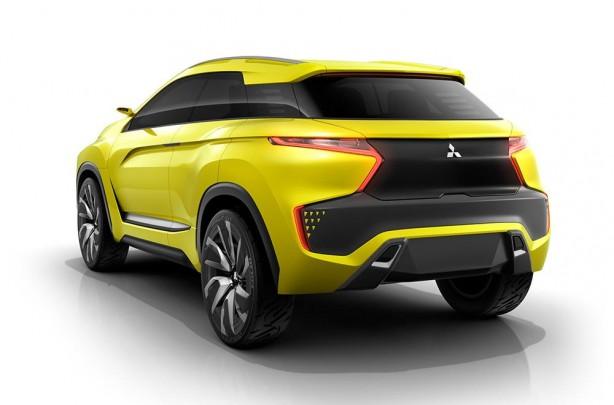 mitsubishi-ex-concept-rear-quarter