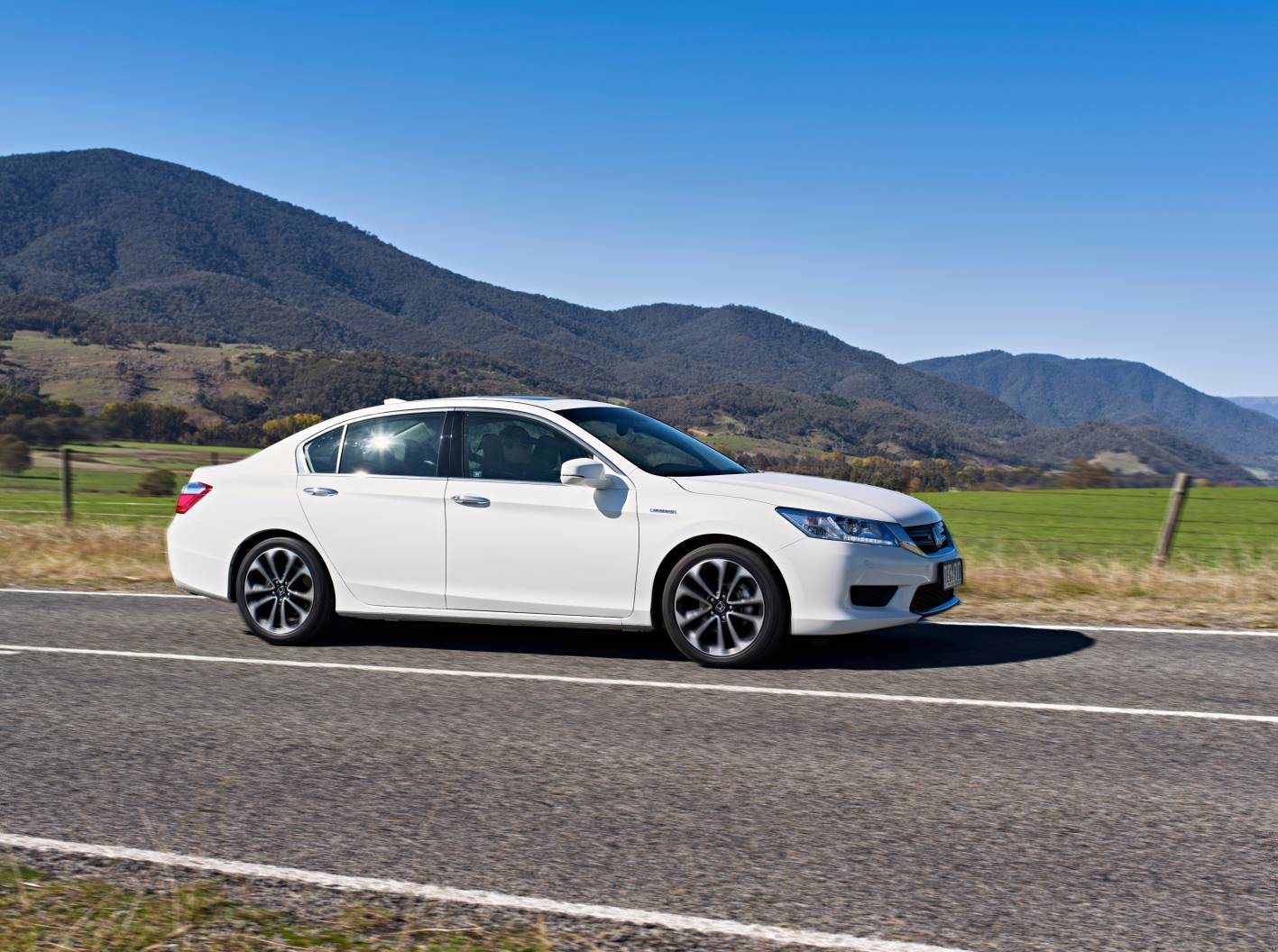 Honda Accord Review: 2015 Honda Accord Sport Hybrid Review