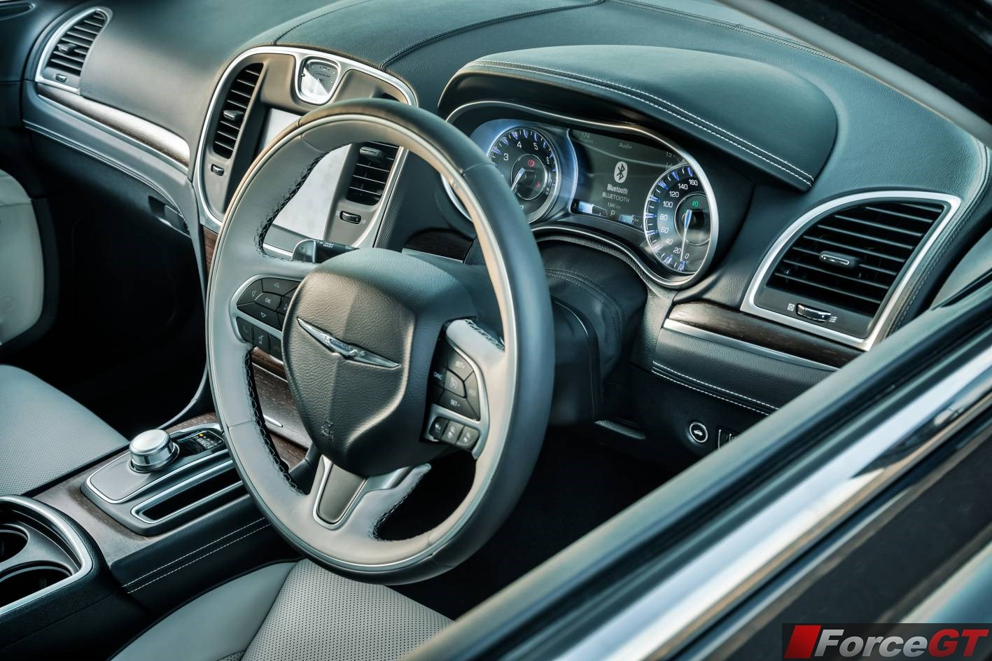 2015 chrysler 300 review. Black Bedroom Furniture Sets. Home Design Ideas