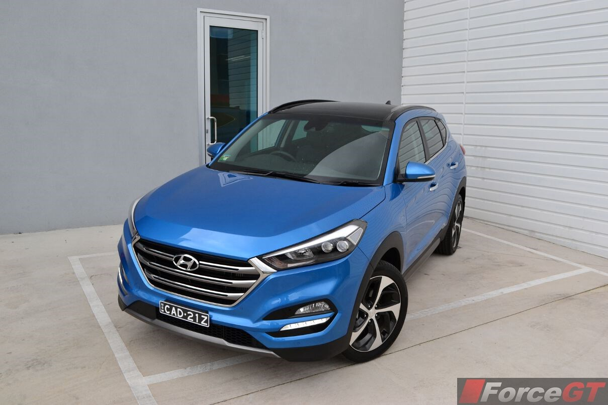 hyundai tucson review 2015 hyundai tucson. Black Bedroom Furniture Sets. Home Design Ideas
