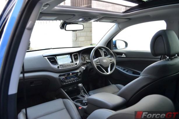 2015-hyundai-tucson-highlander-interior