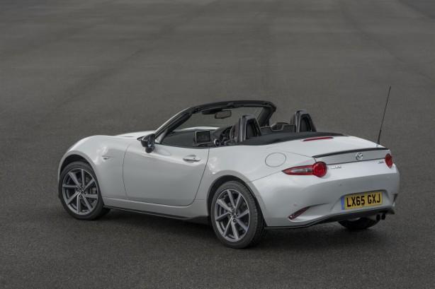 2015-mazda-mx-5-sport-recaro-limited-edition-rear-quarter