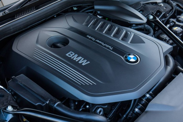 2016 BMW 740i engine