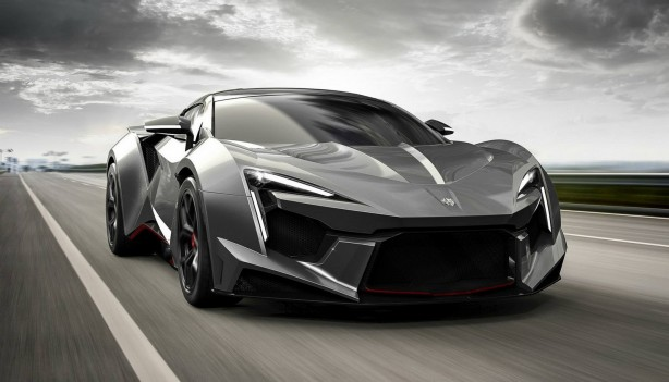 2016-Fenyr-Supersport-01
