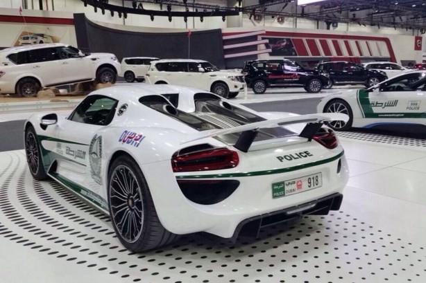 Porsche 918 Spyder Dubai Police rear