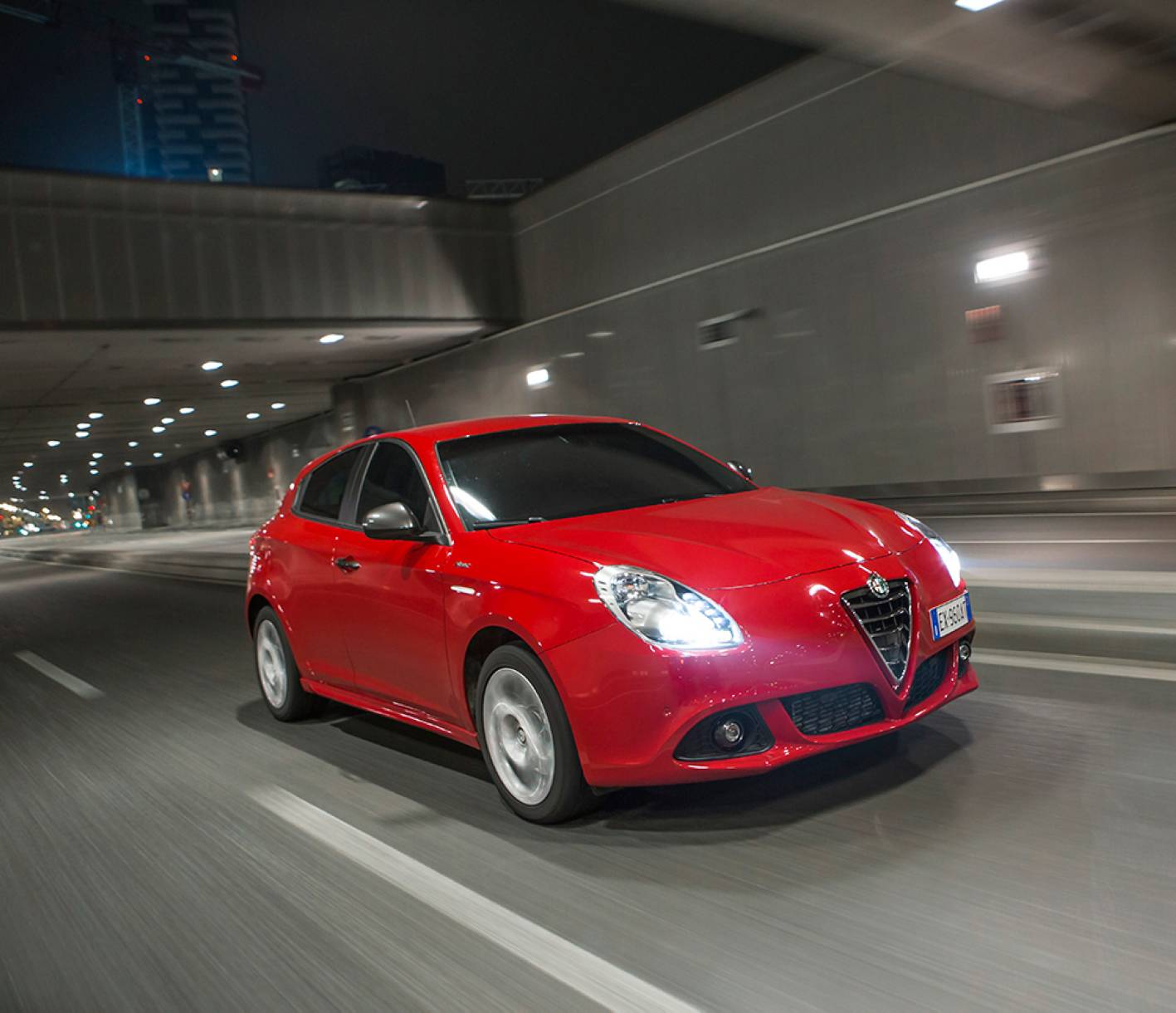 Alfa Romeo Giulietta Sprint Offers Modern Take On Italian