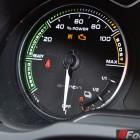 2015-Audi-A3-e-tron-Sportback-charge-meter