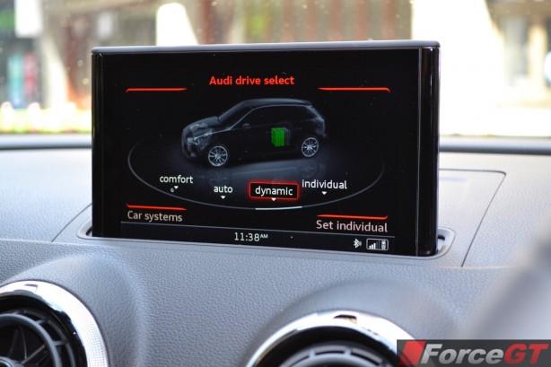 2015 Audi A3 e-tron Sportback drive mode
