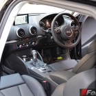 2015-Audi-A3-e-tron-Sportback-interior