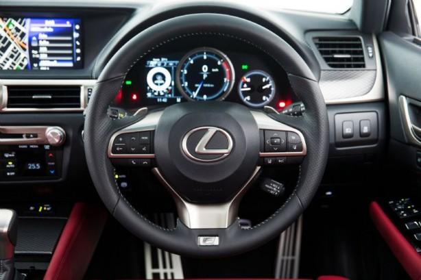 2015 Lexus GS 200t F Sport steering