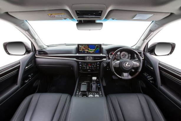 2015 Lexus LX 570 interior