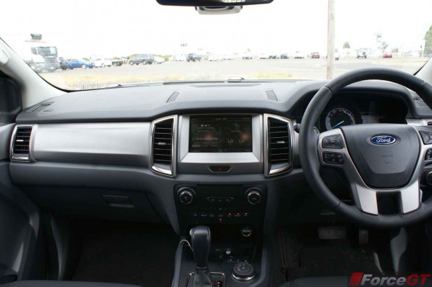 Ford Everest 2015 Interior