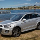 2016-Holden-Captiva-front-quarter