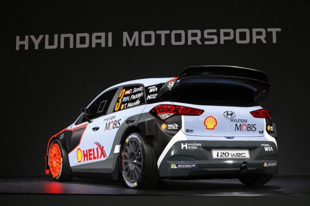 2016 Hyundai i20 WRC rear quarter-2