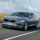 2016-Volvo-S90-sedan-front-quarter