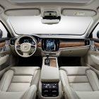 2016-Volvo-S90-sedan-interior