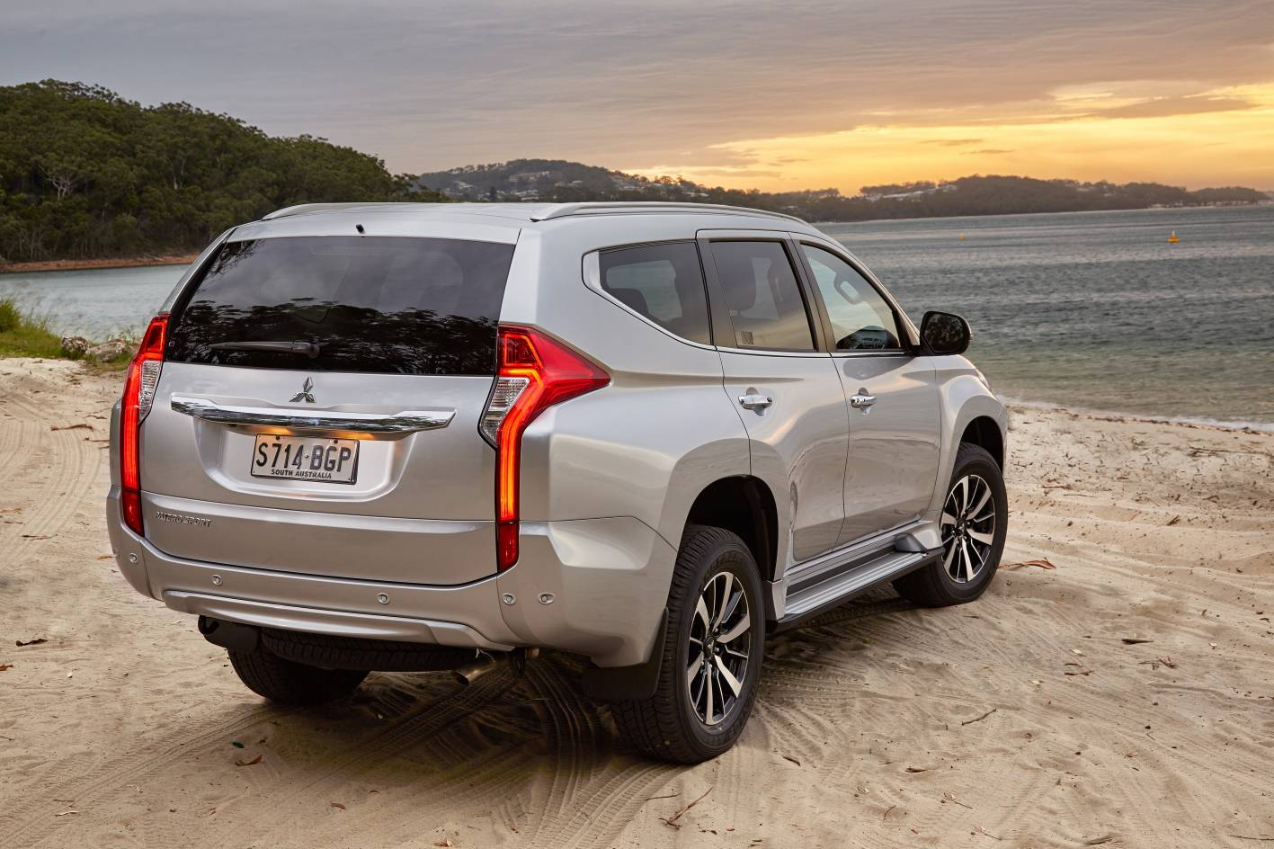 Mitsubishi cars news all new pajero sport launched from 45 000