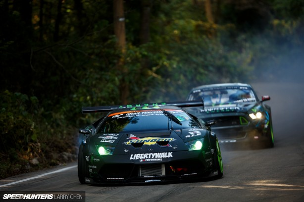 Lambo_Mustang_monster-drift-battle