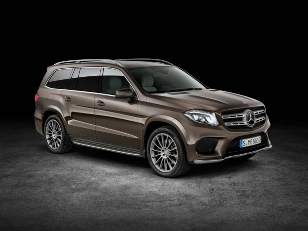Mercedes-Benz GLS front quarter