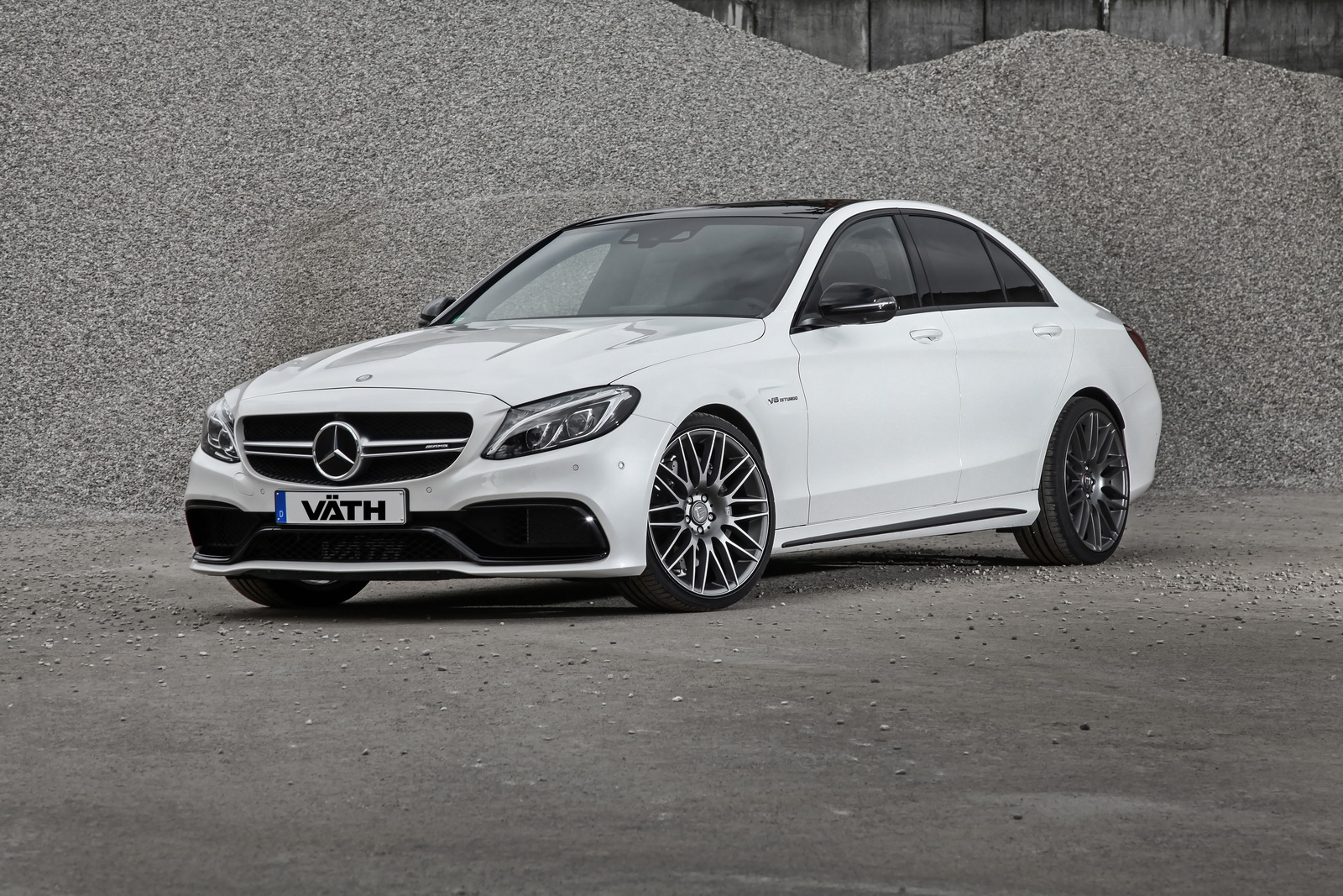 mercedes tuning vath gives mercedes amg c63 s a boost to 446kw. Black Bedroom Furniture Sets. Home Design Ideas