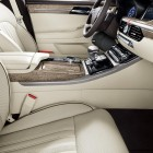 genesis-g90-front-seats