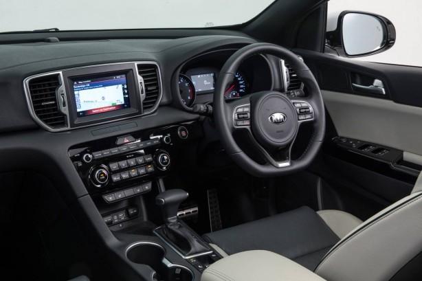 2016 Kia Sportage Platinum interior grey two-tone.
