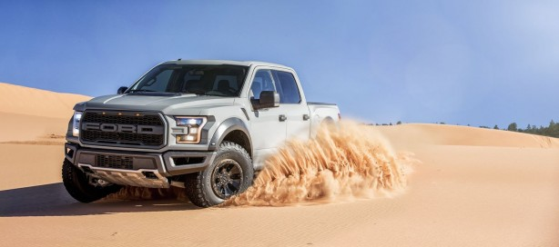 2017 Ford F-150 SuperCrew Cab Raptor front