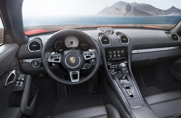 New-Porsche-718-interior-photo