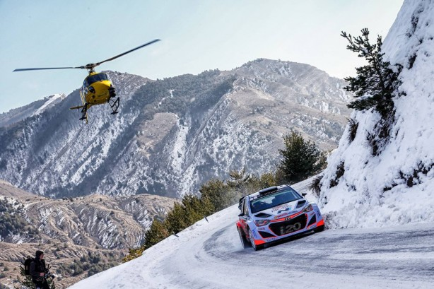 hyundai-motorsport-i20-wrc-2016-debut-chopper-mountain-run