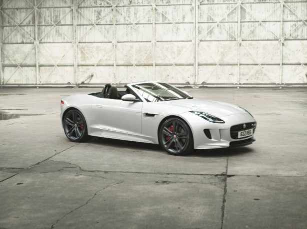 jaguar-f-type-british-design-edition-convertible