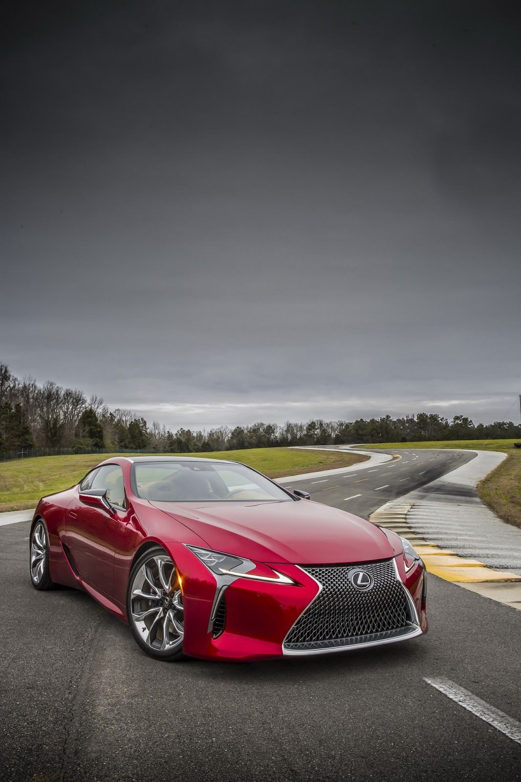 Lexus Cars - News: Stunning LC 500 coupe unveiled. Arrives 2017