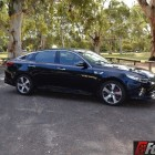 2016 kia optima gt front quarter-1